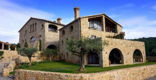 Emprunter en France pour un achat immobilier à l'étranger : est-ce possible ?